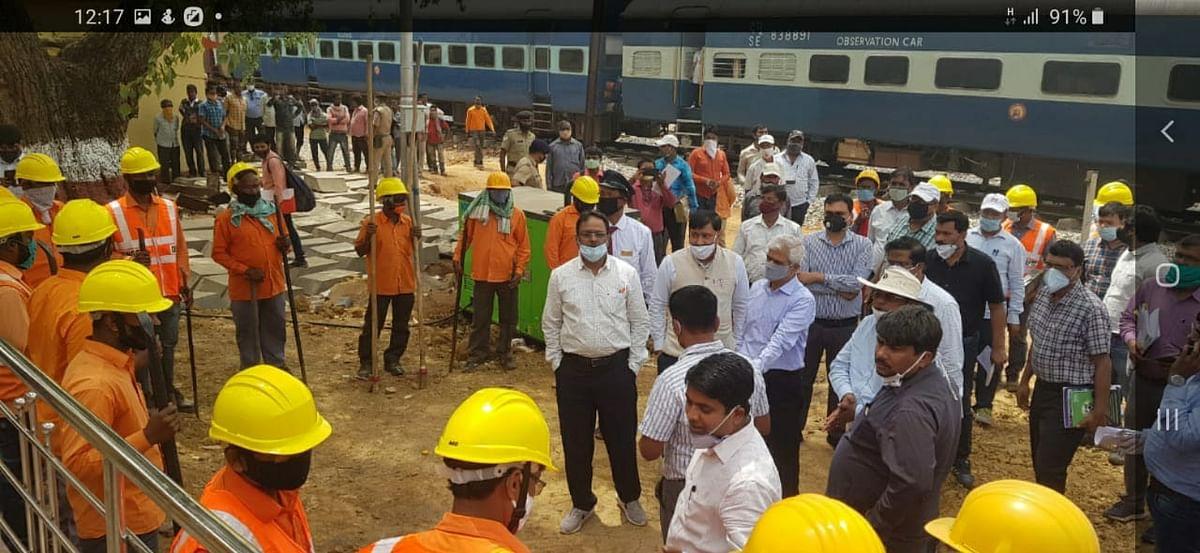 IRCTC/Indian Railways News : कमिश्नर ऑफ रेलवे सेफ्टी ने टाटा बादाम पहाड़ सेक्शन का किया निरीक्षण, क्या इस सेक्शन से शुरू होगा इलेक्ट्रिक ट्रेनों का परिचालन