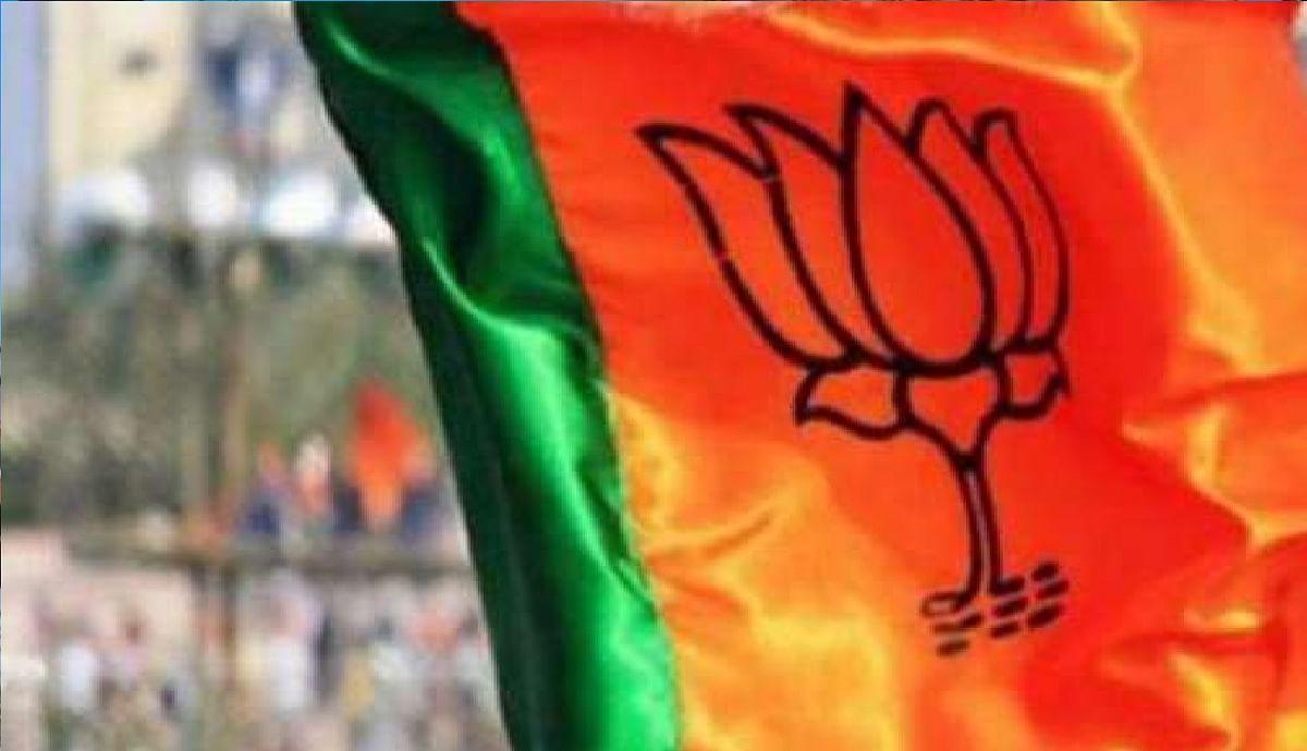 Gujarat Nagar Nigam Chunav Result : निकाय चुनाव में करारी हार के बाद कांग्रेस में कोहराम, अध्यक्ष अमित चावड़ा और धनानी ने दिया इस्तीफा