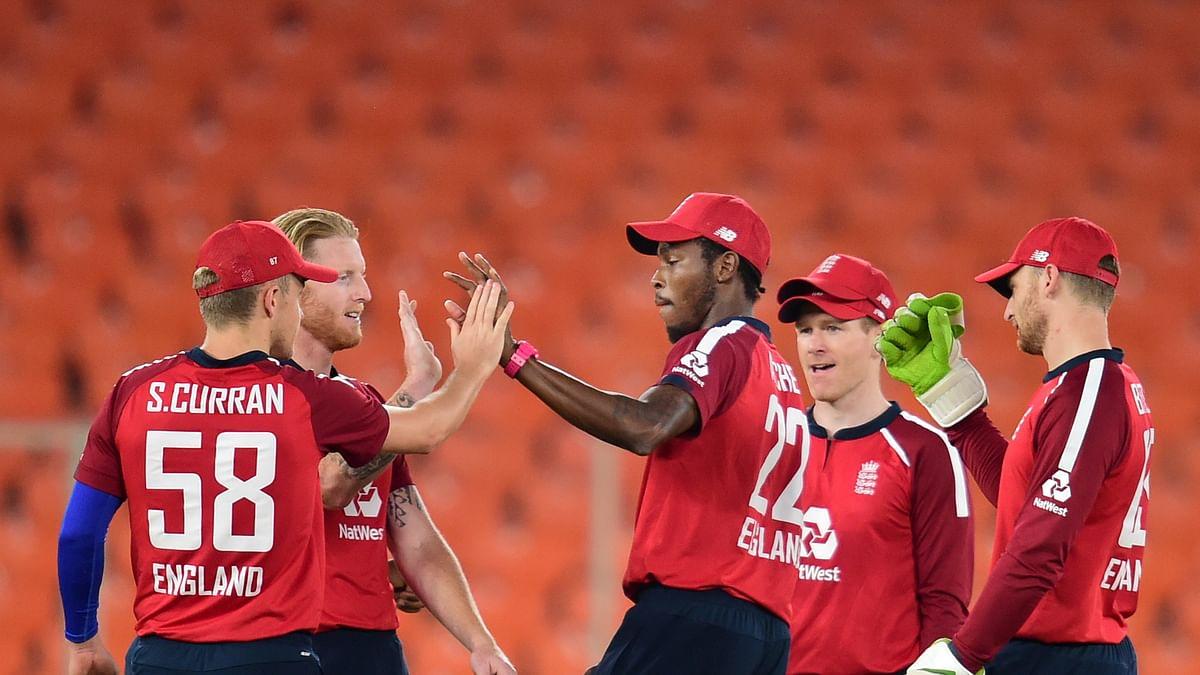इंग्लैंड क्रिकेट में नया बवाल, भारतीय फैंस का मजाक उड़ाने को लेकर मॉर्गन और बटलर को सस्पेंड करने की मांग