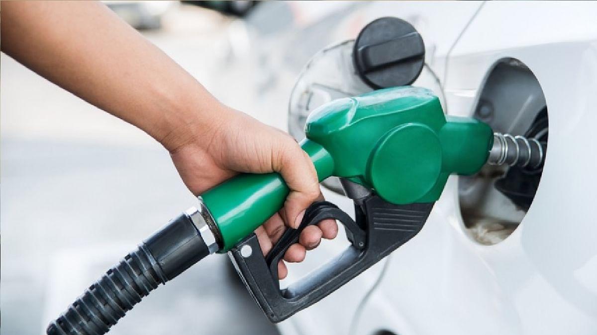 Petrol Diesel Price Hike : सरकार ने मानी पेट्रोल-डीजल से बंपर कमाई की बात, GST के दायरे में लाने का कोई प्रस्ताव नहीं