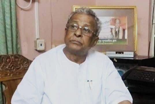 शुभेंदु अधिकारी के पिता शिशिर अधिकारी का 'कमल प्रेम', PM मोदी के सामने BJP में शामिल होने के कयास