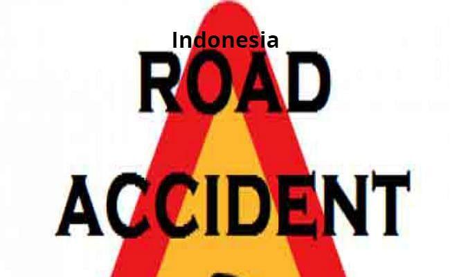 Indonesia Accident : लोगों को तीर्थस्थल लेकर जा रही बस का हुआ ब्रेक फेल, 27 की मौत