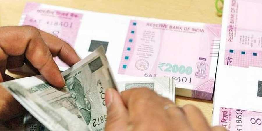 7th Pay Commission Latest Update: सरकारी कर्मचारियों को मिलेगा होली का तोहफा, 13 फीसदी तक बढ़ सकता है महंगाई भत्ता