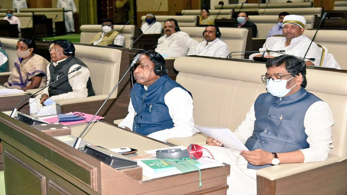 Jharkhand Budget Session 2021 : सदन में उठा केरोसिन तेल विस्फोट मामला, CM हेमंत ने दोषियों के खिलाफ कार्रवाई की कही बात