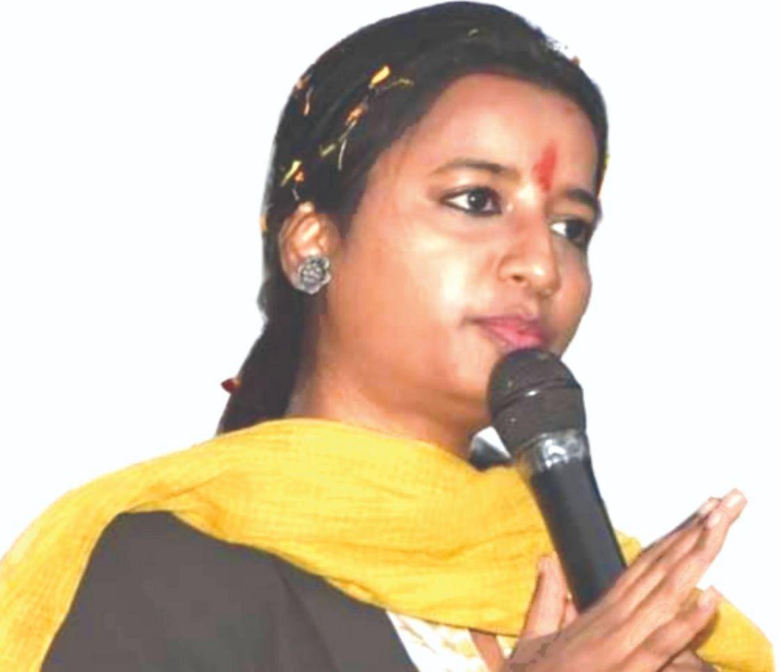 International Women's Day 2021 : बड़कागांव विधायक अंबा प्रसाद की गरीब विधवाओं को सौगात, अंबा सशक्तीकरण अभियान से महिला, विधवा एवं युवाओं को मिलेगा रोजगार