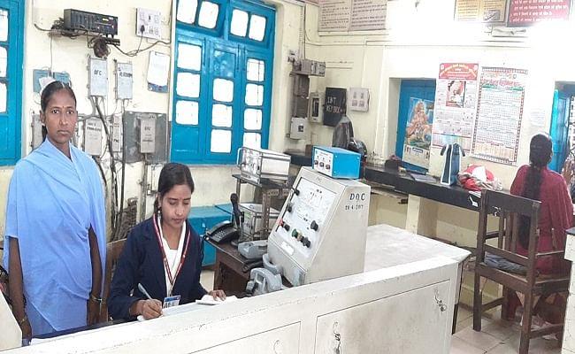 Women's Day 2021: आज महिलाओं के हवाले पटना जंक्शन सहित बिहार के दो स्टेशन, ट्रेन चलाने से लेकर टिकट चेकिंग तक की संभाली जिम्मेदारी
