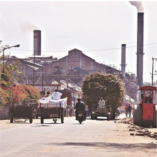 चीनी मिल पर गन्ना अधिकारी ने किया मुकदमा, बिहार में किसानों के बकाये को लेकर हुआ नीलाम वाद दायर