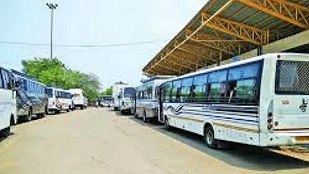 बिहार: प्राइवेट और सरकारी बसों का बढ़ेगा किराया, जानिये अगले महीने से यात्रा में कितने रुपये का बढ़ेगा बोझ