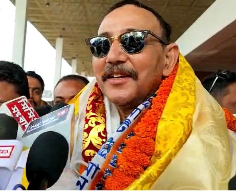 टीएमसी ने माटीगारा -नक्सलबाड़ी सीट पर बदला उम्मीदवार, नलिनी रंजन रॉय की जगह  राजेन सुंदास होंगे प्रत्याशी