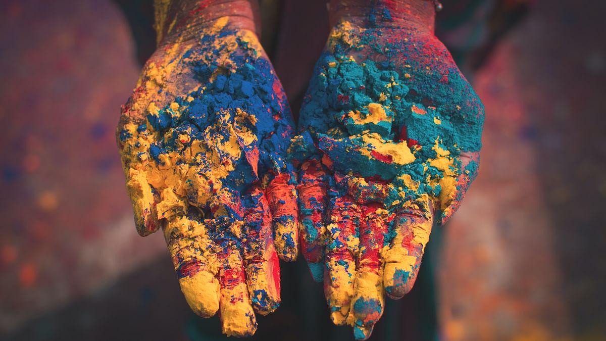 Holi 2021, Rashifal: मेष से मीन तक के जातक इस होली पर राशिनुसार करें रंगों का प्रयोग, होगा लाभ, हर रंग किसी न किसी ग्रह का करता है प्रतिनिधित्व