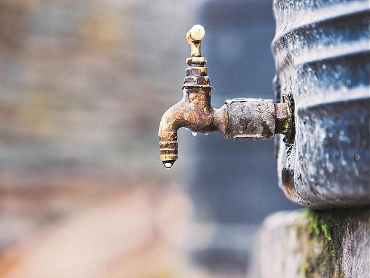 West Bengal News : मुख्यमंत्री के विधानसभा क्षेत्र में  दूषित पानी पीने से बच्ची की मौत, 15 बीमार