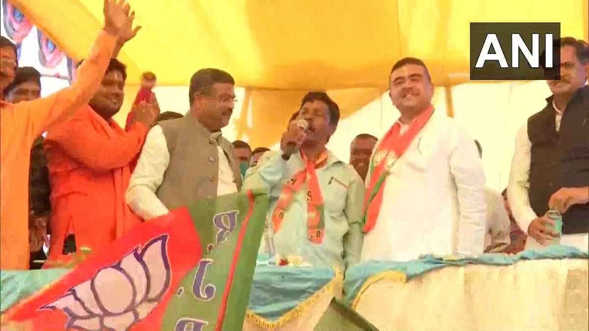 Bengal Chunav 2021: नंदीग्राम में BJP-TMC कार्यकर्ताओं के बीच खूनी झड़प, एक घायल, धर्मेंद्र प्रधान ने EC से की सुरक्षा बढ़ाने की मांग