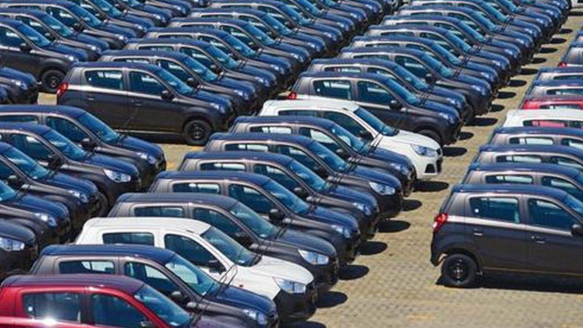 Vehicle Recall Policy: गाड़ी में कोई खराबी निकली, तो कंपनी को देना पड़ेगा 1 करोड़ रुपये तक का जुर्माना, जानिए क्या है नया सरकारी नियम