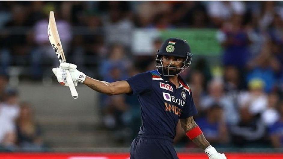 IND vs PAK: रोहित-विराट से नहीं बल्कि भारत के इस बल्लेबाज से डरा पाकिस्तान, कोच ने दे दिया बड़ा बयान