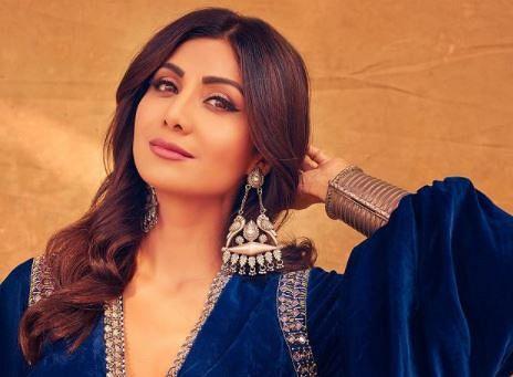Indian Idol 12 : बाजीगर फिल्म में शाहरुख खान ने शिल्पा शेट्टी की कुछ इस तरह की थी मदद, एक्ट्रेस ने शो पर किया खुलासा