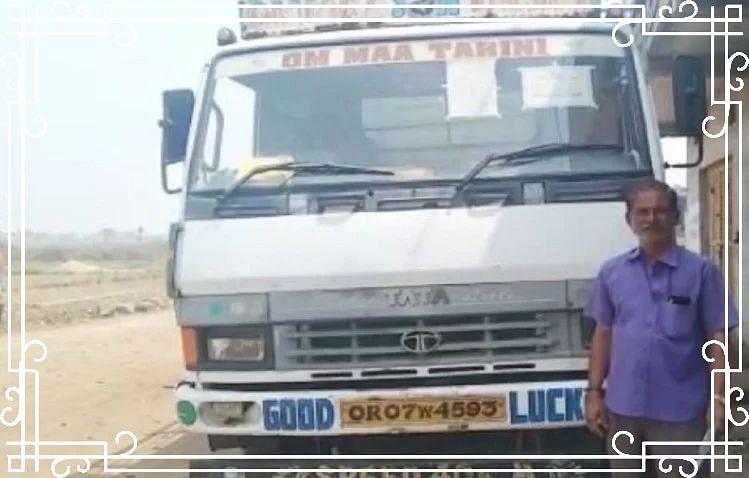 OMG! हेलमेट नहीं पहनने पर ट्रक ड्राइवर का कटा 1000 रुपये का चालान, जानें पूरा मामला