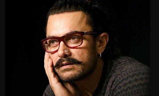 आमिर खान कोरोना पॉजिटिव, खुद को किया होम कोरेंटिन