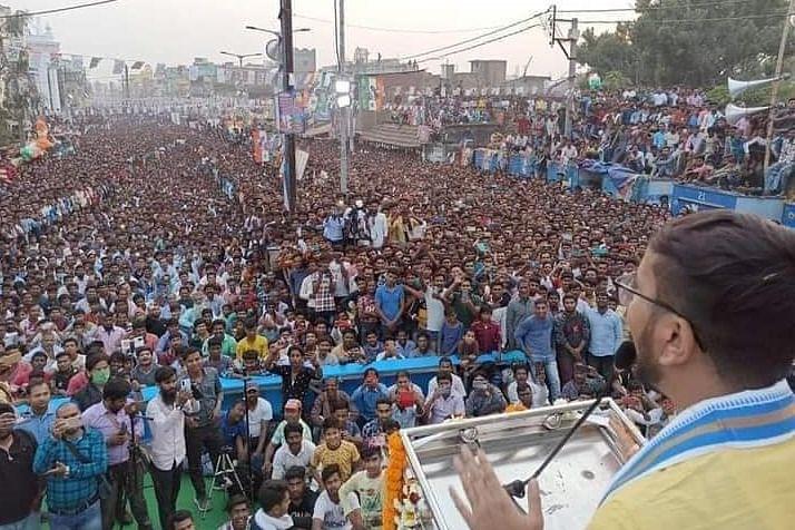 TMC के 'खेला होबे' का जलवा, देवांशु भट्टाचार्य ने गाने से हाथरस, महंगाई पर BJP और पीएम मोदी को 'धो डाला'...