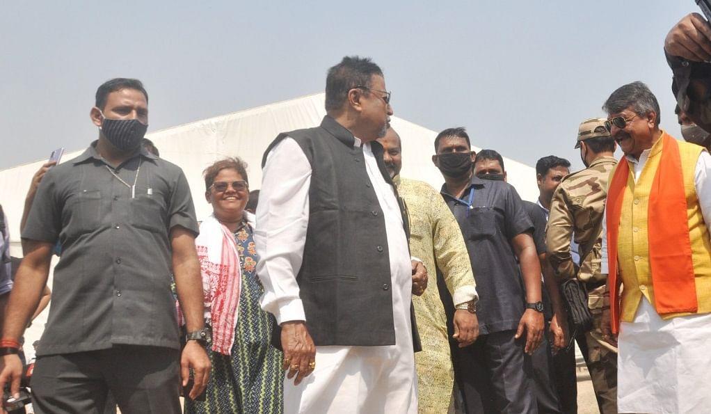 TMC का 'खेला होबे' तो BJP का 'ब्रिगेड चलो', कुछ घंटे बाद PM मोदी की कोलकाता में मेगा रैली, 'जुबां पर रहेंगी ममता, निशाने पर सत्ता'