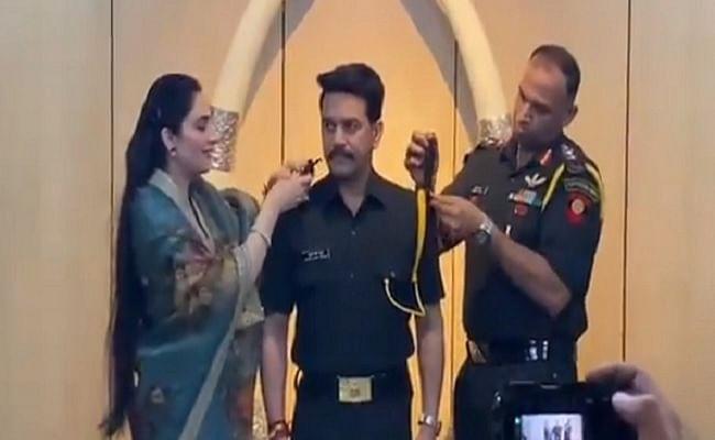 Indian Army : केंद्रीय वित्त राज्य मंत्री अनुराग ठाकुर टेरिटोरियल आर्मी में प्रोमोट होकर बने कैप्टन, वीडियो शेयर कर दी जानकारी