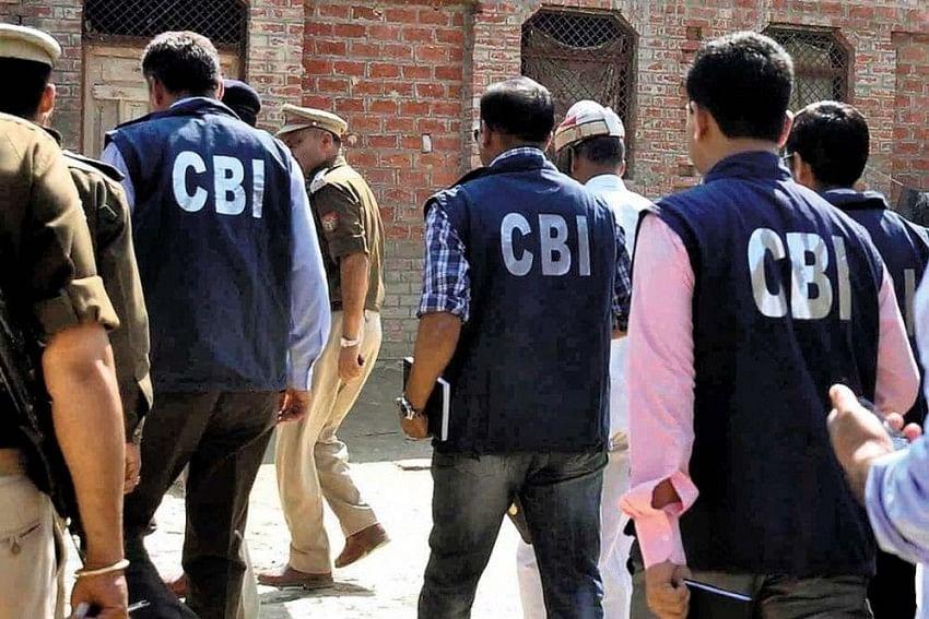 Coal Smuggling Case : TMC सांसद अभिषेक बनर्जी के रिश्तेदारों से CBI ने की पूछताछ, कोलकाता, दुर्गापुर और आसनसोल में चल रही छापेमारी