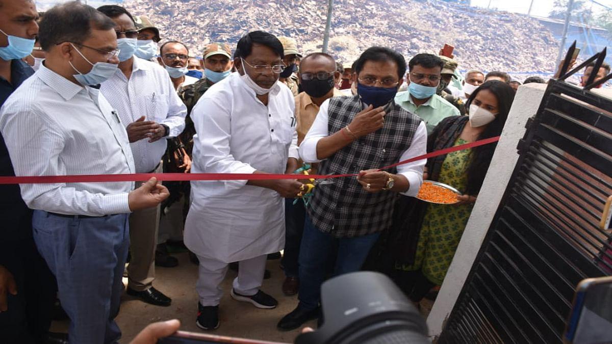 ईंधन का बेहतर विकल्प है ब्रिकेट, झारखंड के मंत्री डॉ रामेश्वर बोले- जलावन के साथ- साथ लोगों को मिलेगा रोजगार