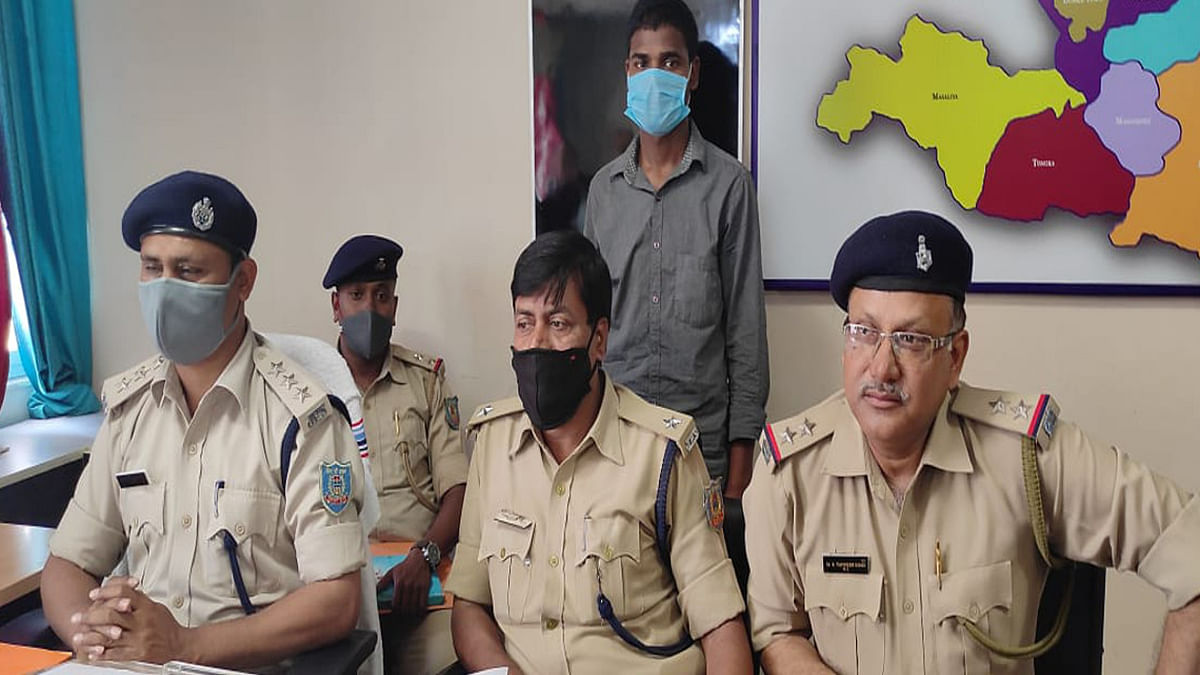 Jharkhand Crime News : 70 लाख रुपये रंगदारी मांगने का आरोपी गिरफ्तार, जानें कैसे मांगे थे पैसे