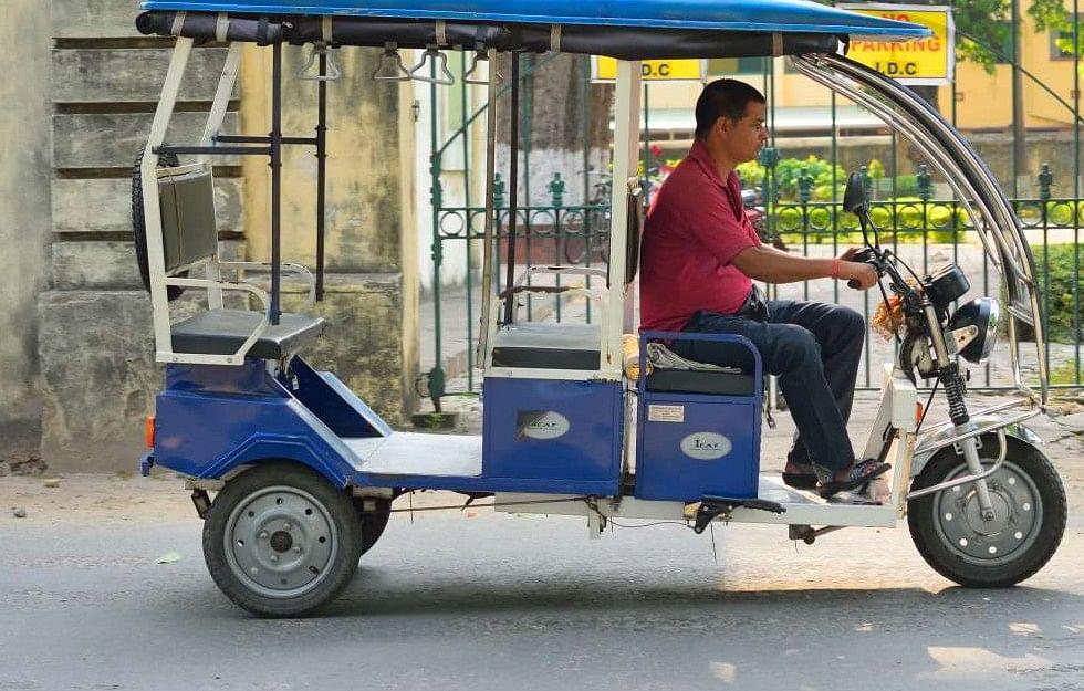 E- Rickshaw Auto Fare In Jharkhand : इ-रिक्शा का भाड़ा हुआ कम, अब लगेंगे सिर्फ इतने रूपये, नियमों का पालन नहीं करने वालों पर होगी कार्रवाई