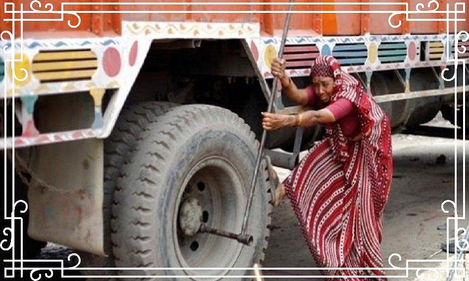 Wonder Woman: मिलिए देश की पहली महिला ट्रक मेकैनिक से, मिनटों में ठीक कर देती हैं भारी भरकम टायर