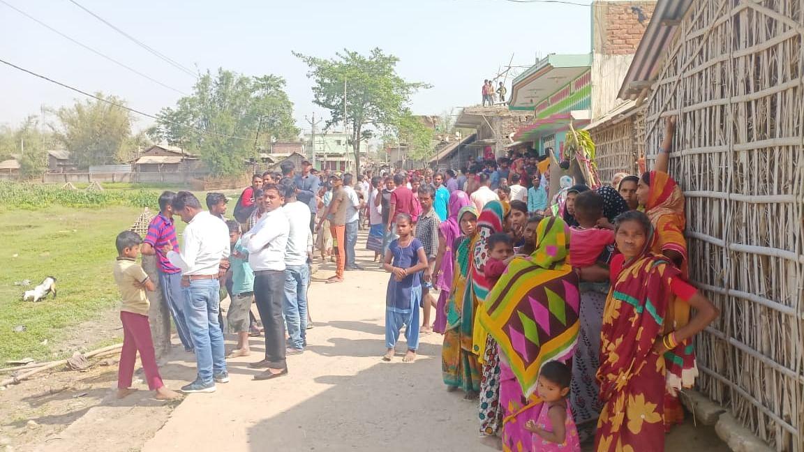 Bihar News: घरेलू विवाद में हैवान बना शख्स, पत्नी और दो मासूम बेटियों को जिंदा जलाया, कमरे के बाहर से देखता रहा नजारा
