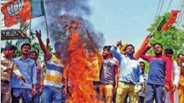 WB Election News : नदिया में दो बीजेपी कार्यकर्ताओं का शव बरामद, पार्टी का आरोप- टीएमसी के गुंडों ने की हत्या