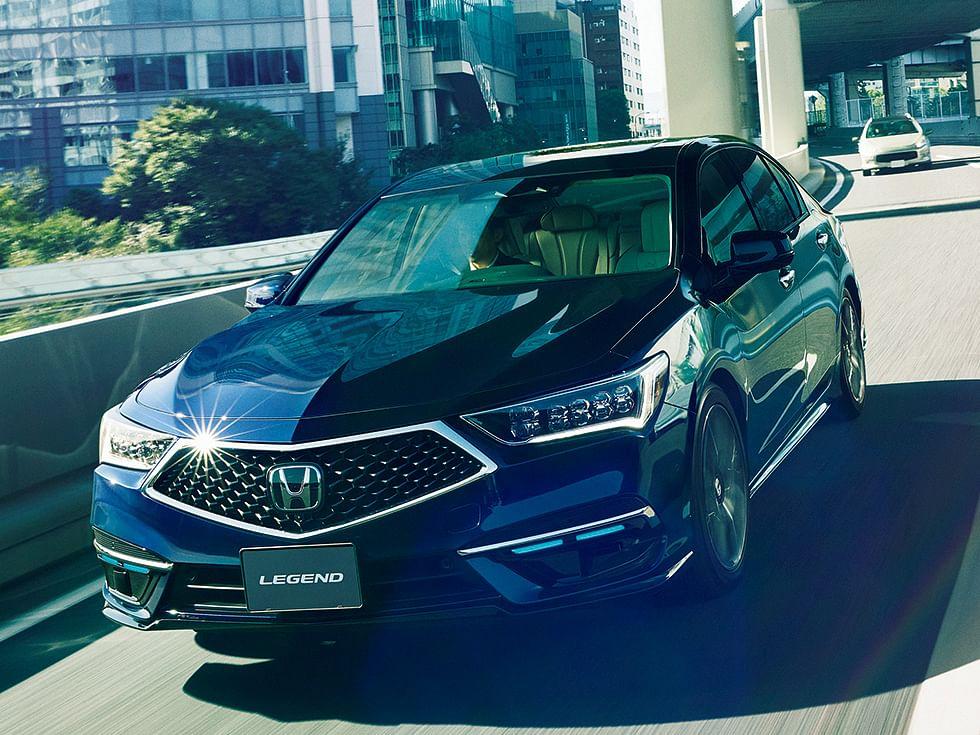 Honda Legend: होंडा ने लॉन्च की सेल्फ ड्राइविंग कार, फीचर्स के मामले में Tesla को देती है टक्कर