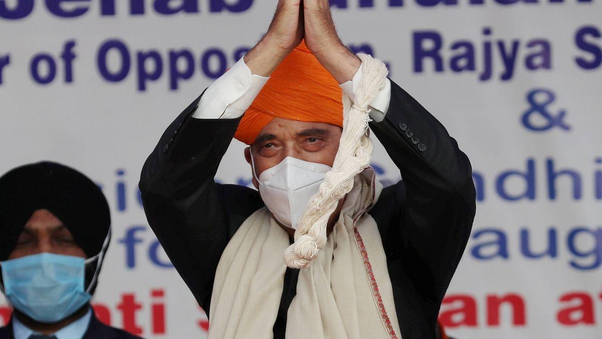 Ghulam Nabi Azad News : 'पहले केसरिया पगड़ी, अब पीएम मोदी की तारीफ', आखिर क्या चल रहा है कांग्रेस नेता गुलाम नबी आजाद के मन में