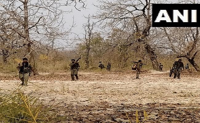 Chhattisgarh Maoist Attack : बीजापुर मुठभेड़ में शहीद हुए 2 तेलगु CRPF जवानों की जल्द होने वाली थी शादी, घर में पसरा मातम