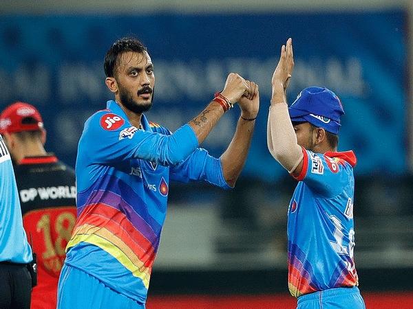 दिल्ली कैपिटल्स को बड़ा झटका, अक्षर पटेल कोरोना पॉजिटिव, IPL 2021 पर मंडराया खतरा