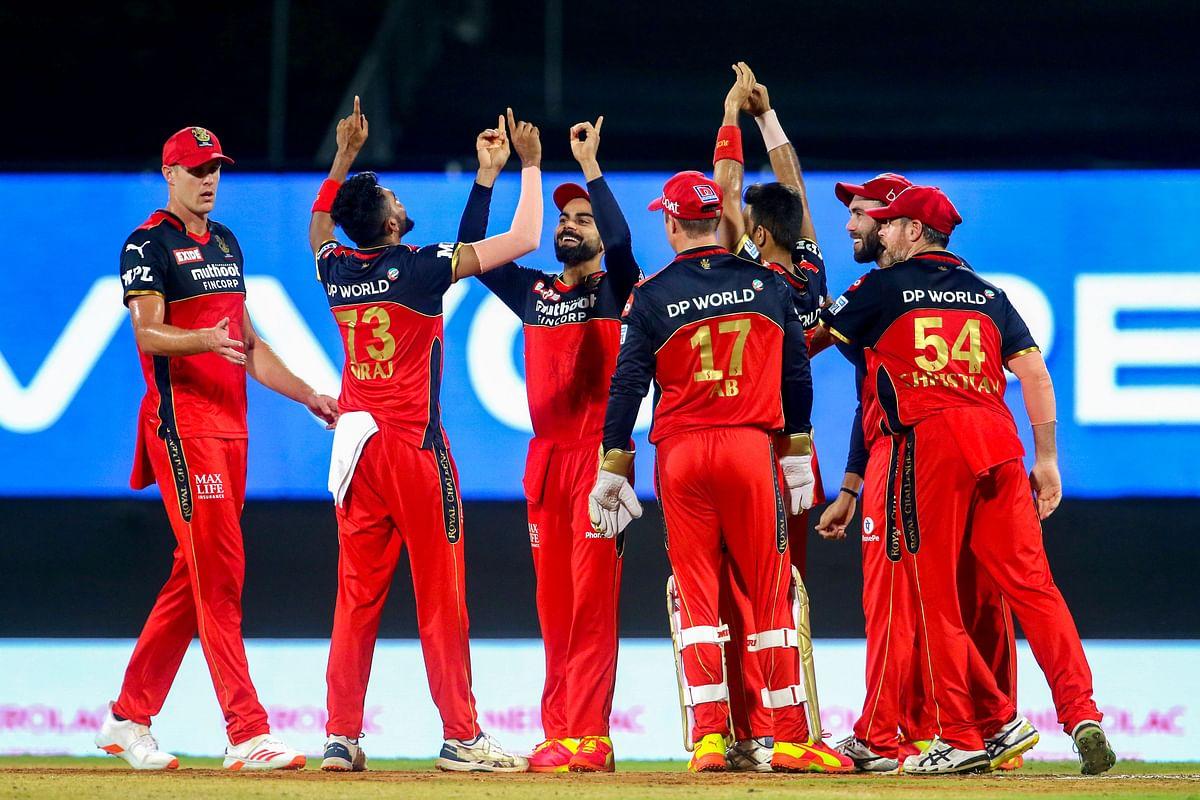 VIVO IPL 2021 SRH vs RCB Live Score Streaming : कोहली सेना की लगातार दूसरी जीत, हैदराबाद को 6 रन से हराया