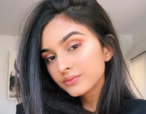 जावेद जाफरी की बेटी अलाविया जाफरी स्टाइल के मामले में बॉलीवुड एक्ट्रेसेस को दे रहीं टक्कर, देखें PHOTOS