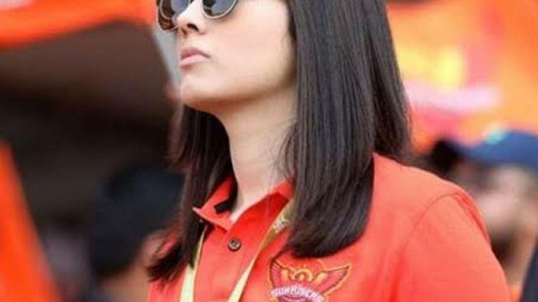 IPL 2021: कौन हैं सनराइजर्स हैदराबाद की 'मिस्ट्री गर्ल' जो सोशल मीडिया पर खूब सुर्खियां बटोर रही हैं
