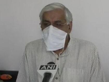 Chhattisgarh Corona Update: मुर्दा घर में शवों को रखने की जगह नहीं, स्वास्थ्य मंत्री बोले हमारा काम मरीजों के इलाज की व्यवस्था करना