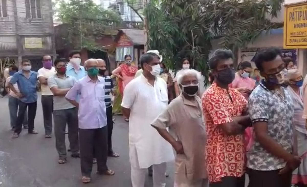 बंगाल चुनाव पांचवें चरण 2021 Live : कोलकाता से सटे साल्टलेक में मतदान केंद्र पर पत्थरबाजी, कई लोग घायल
