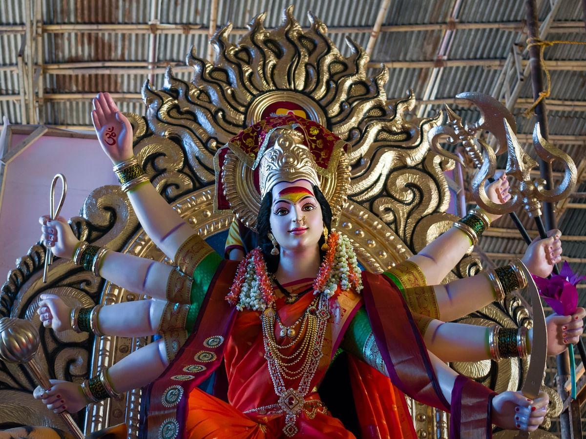 Chaitra Navratri 2021 Puja Timing, Vidhi: अमृतसिद्धि और सर्वार्थसिद्धि योग कुछ घंटों में हो जाएगा समाप्त, ऐसे करें कलश स्थापना, जानें मां शैलपुत्री पूजा विधि, मंत्र, आरती