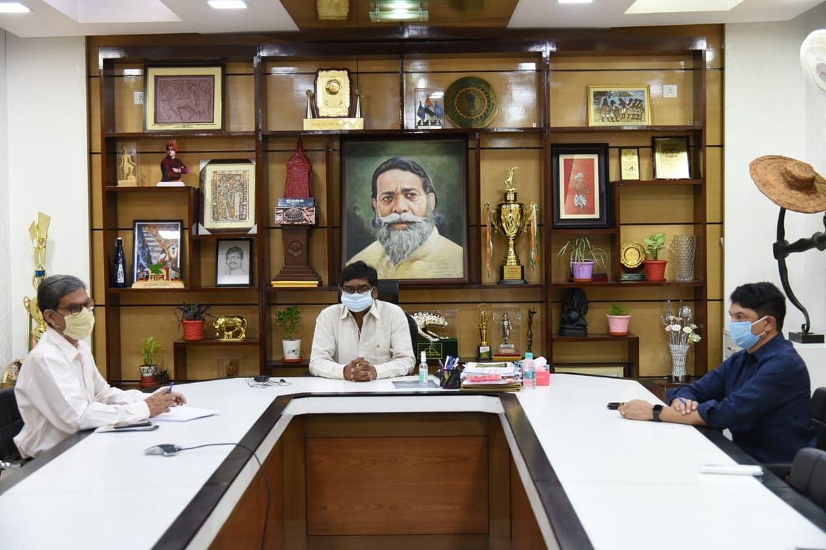 Lockdown In Jharkhand : दिल्ली में लॉकडाउन के बाद झारखंड में भी 22-29 अप्रैल तक लगा लॉकडाउन, हेमंत सोरेन सरकार ने लिया फैसला