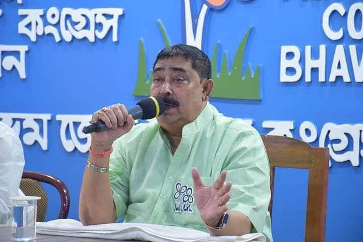 WB Election 2021: 'चुनाव आयोग धृतराष्ट्र, राहुल सिन्हा और दिलीप घोष को नहीं देखता है', ममता को ECI ने किया बैन तो भड़के TMC नेता अनुब्रत मंडल