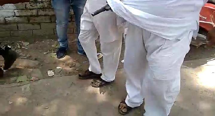 बंगाल चुनाव पांचवें चरण 2021 Live : 70 फीसदी वोटिंग, चकदह में उम्मीदवार की गोली मारने आये तृणमूल कार्यकर्ता पिस्तौल छोड़कर भागे