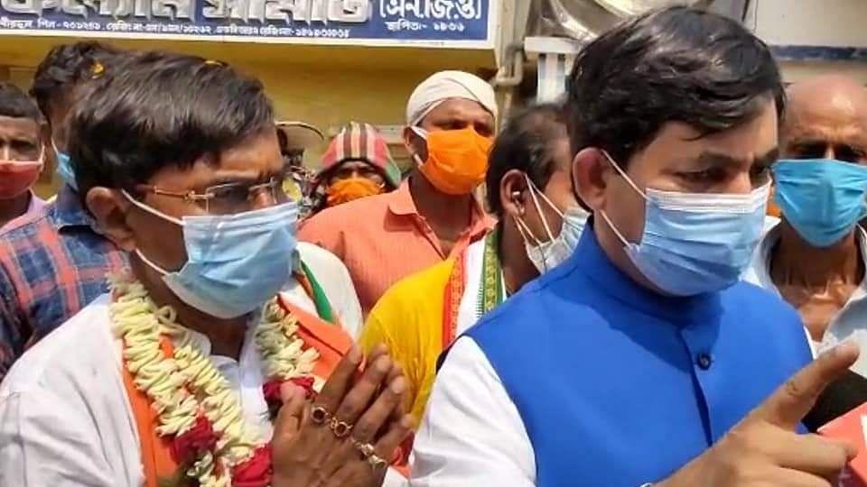 पूर्व केंद्रीय मंत्री शाहनवाज हुसैन ने TMC पर साधा निशाना, कहा- कोरोना को हौवा बताने वालों की होगी हार