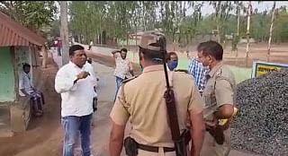'शीतलकुची मत बनाओ, हमारी सरकार आ रही है सबको देख लेंगे', औसग्राम में TMC नेता ने पुलिस को दी धमकी