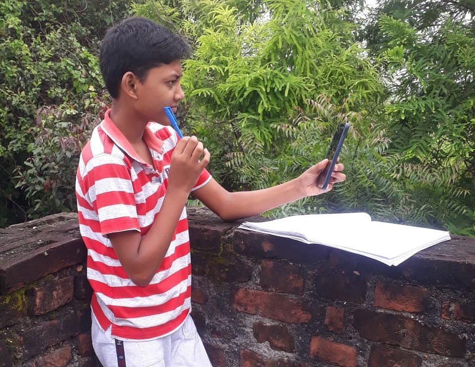 झारखंड के सरकारी स्कूलों में किस क्लास तक के बच्चों की ऑनलाइन कक्षाएं कल से हो रही हैं शुरू, जानिए किस कक्षा तक के छात्र बिना परीक्षा होंगे प्रमोट