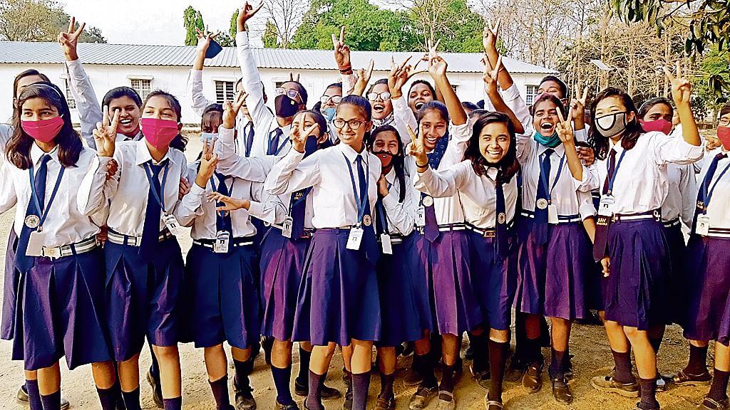 Bihar Board Matric Result: बिहार के हर जिले में क्यों ना स्थापित हो सिमुलतला जैसा विद्यालय? जानिए इस 'टापर्स की फैक्ट्री' की कहानी