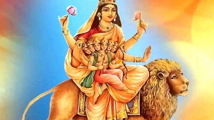 Chaitra Navratri 2021: बाल कार्तिकेय को गोद में लिए मां स्कंदमाता का अद्भुत है स्वरूप, जानें इनके इतिहास व पूजा के महत्व के बारे में