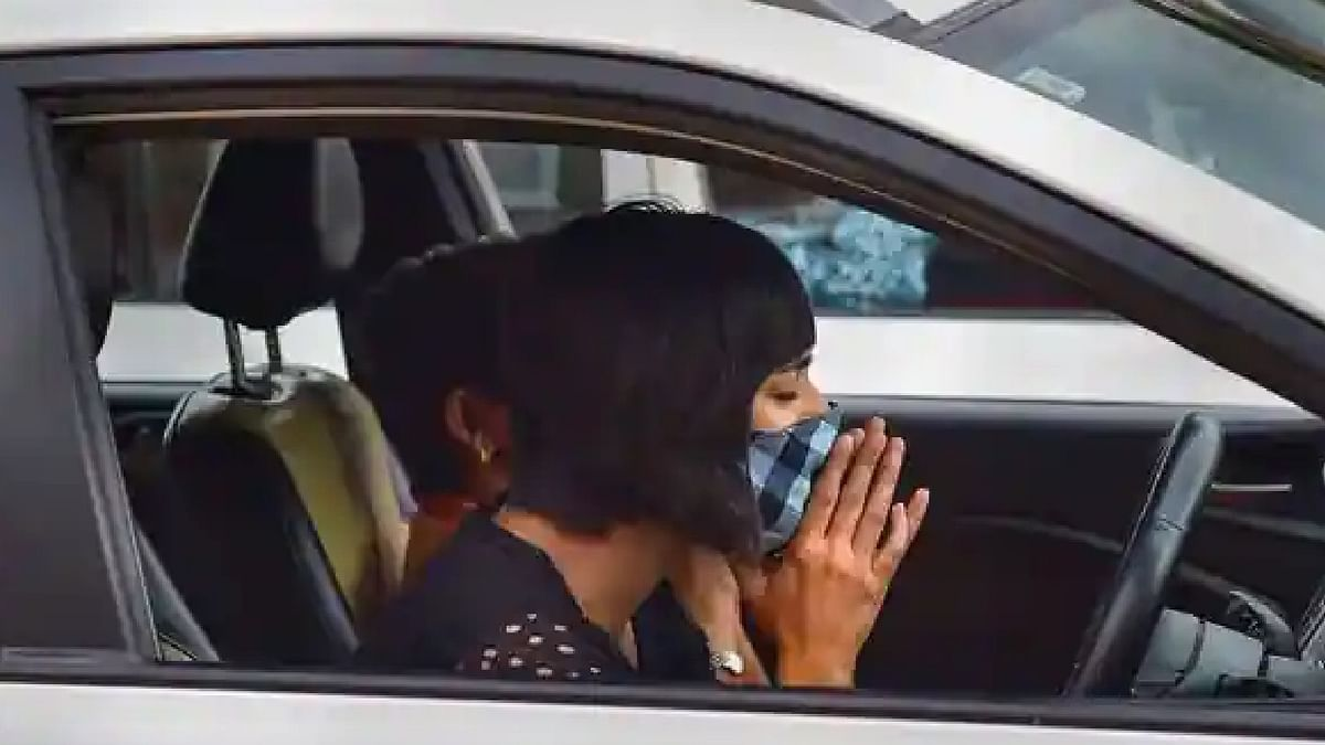 Masks Mandatory : कार में अकेले हैं, तब भी मास्क लगाना जरूरी,नहीं पहना तो कटेंगे चालान